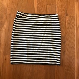 3/$20 H&M Striped Mini Skirt